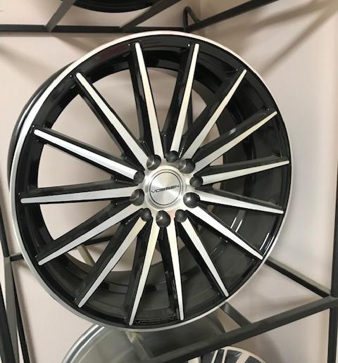 Car rim 5X100/114.3